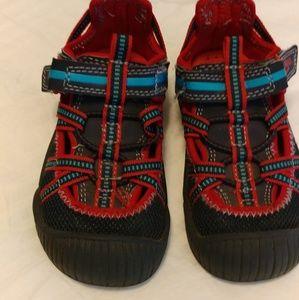 Osh Kosh B'gosh boys shoes